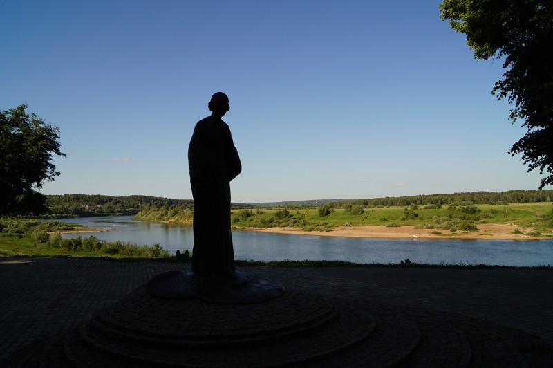 Таруса, памятник М. И. Цветаевой.